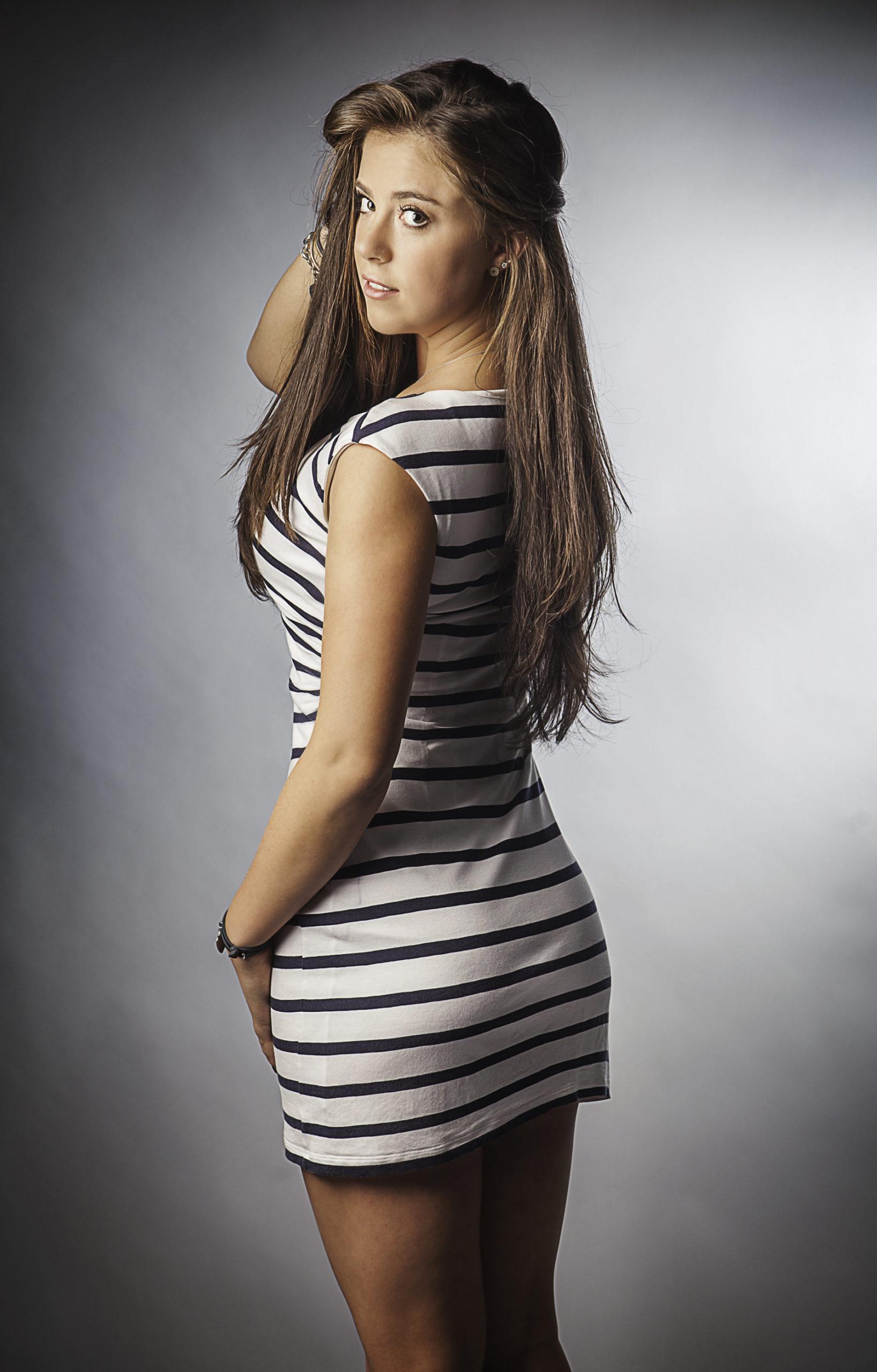 Women Wrestling Photos - Scarlett Squeeze - Female Wrestling Channel