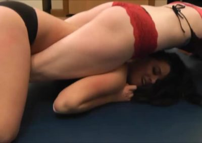 #49 - Challenger - Monroe Jamison vs Scarlett Squeeze - (REAL) - Bodyscissors - 2014