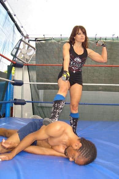 Onyx Wrestler - Bronco Billie Wrestler - Smashbampow - Lisa Danielle wrestler