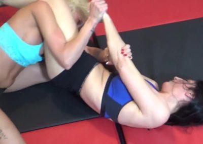 Raven Swift vs Bella Ink