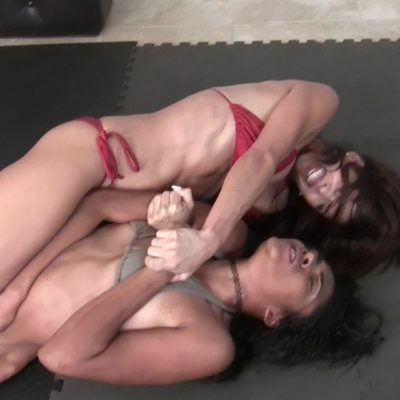 Bodyscissors - Eden Sins vs Ynes Finesse - (REAL) - 2019