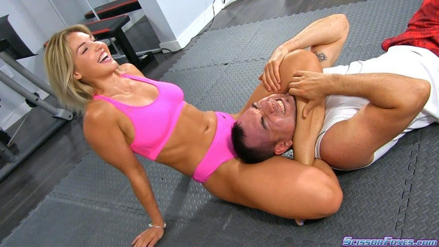 Scissorfoxes - Marissa Marshall Triangle Headscissors