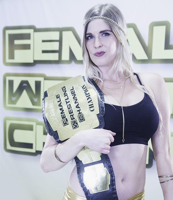 List contact female wb270 wrestler Diana