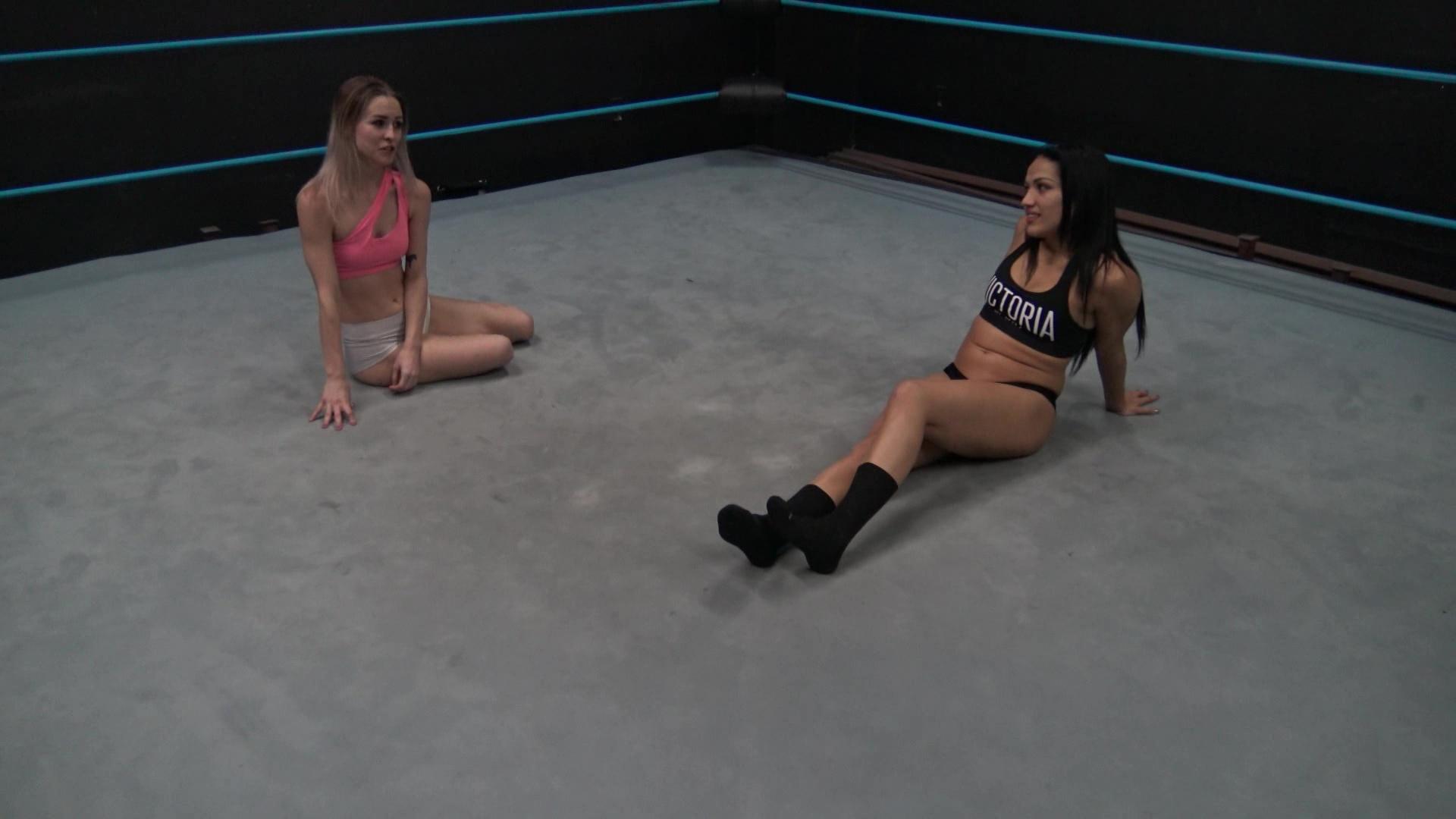 Aria Blake vs Salina De La Renta - Ladies Pro Wrestling