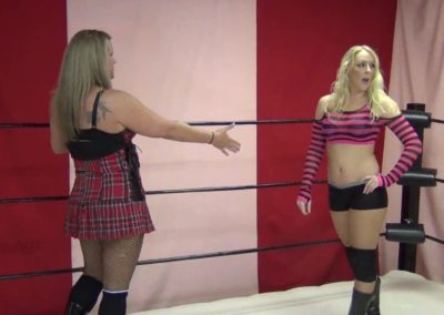Amber O'Neal vs Fantasia - Female Wrestling Pro Style