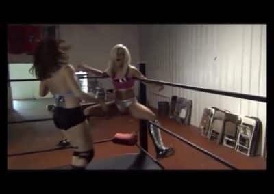 Christie Ricci vs Ray Lyn - Women's Pro Wrestling!