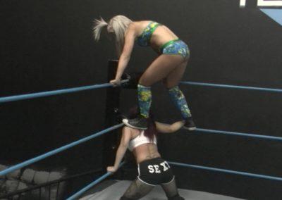 Ray Lyn vs Sarah Brooke - Women's Pro Wrestling!
